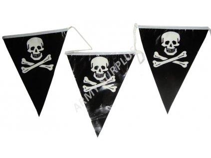 Vlajkový pás z vlajek pirát lebka (ribbon) délka cca 6,6m