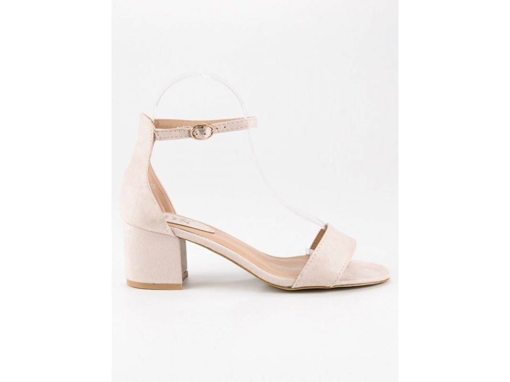 Sandále na nízkom opätku
